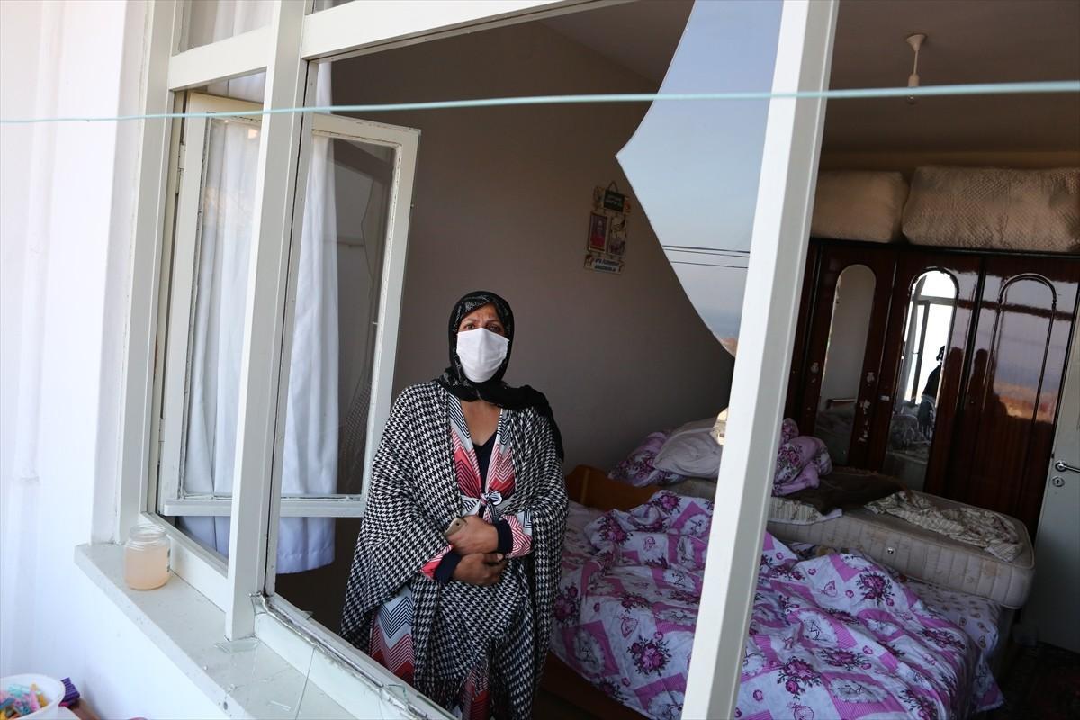 Trabzon'da yol inşaatı sırasında patlatılan dinamit nedeniyle bazı evlerin camları kırıldı