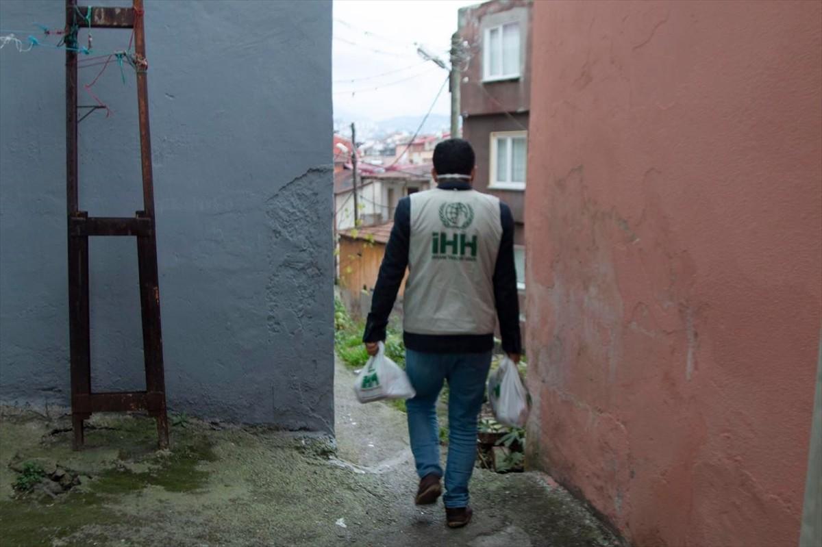 Trabzon İHH'dan ihtiyaç sahiplerine yardım