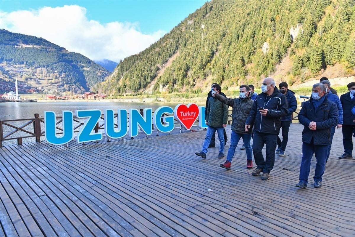Trabzon Büyükşehir Belediye Başkanı Zorluoğlu, Uzungöl'de incelemelerde bulundu