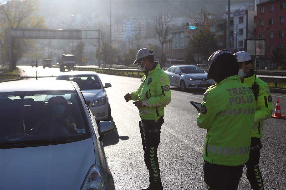 Trabzon'da sokağa çıkma kısıtlaması nedeniyle sessizlik hakim