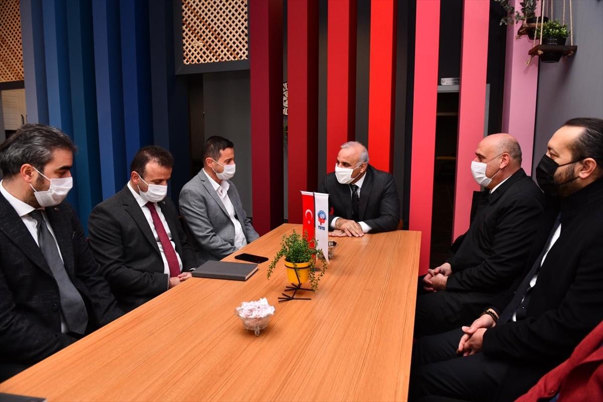 Büyükşehir Belediye Başkanı Zorluoğlu'ndan TSYD Trabzon Şubesine ziyaret
