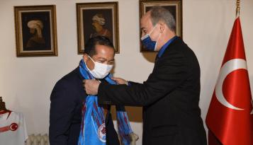 Endonezya'nın Ankara Büyükelçisi İkbal Trabzon'da temaslarda bulundu