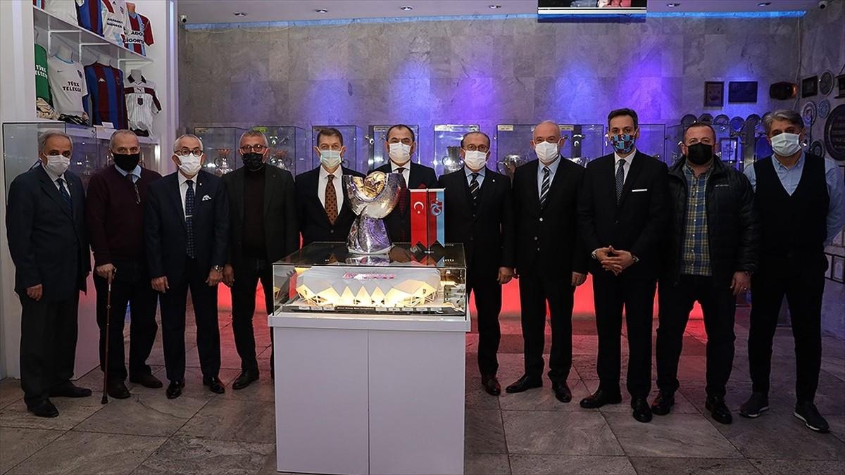 TFF Süper Kupa Trabzonspor Şamil Ekinci Müzesi'ndeki yerini aldı