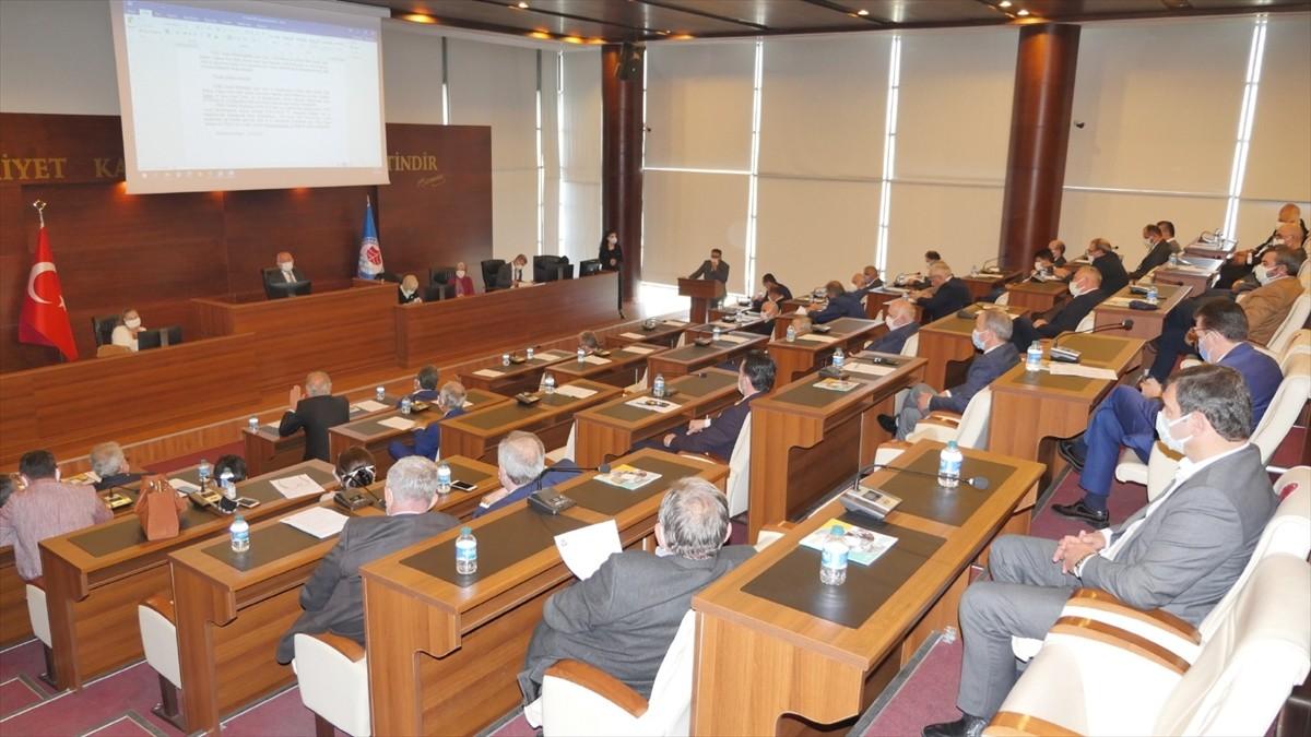 Trabzon Büyükşehir Belediyesi'nden esnafa yüzde 50 kira indirimi