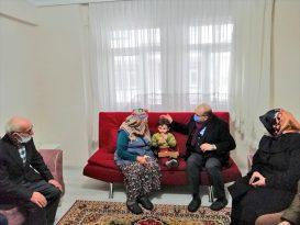 Trabzon Valisi Ustaoğlu'ndan şehit ailesine ziyaret