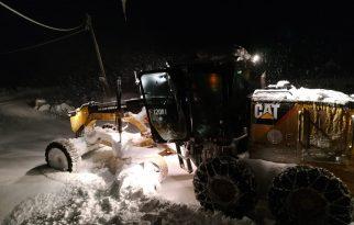 Trabzon'da kardan kapanan 196 mahalle yolu ulaşıma açıldı