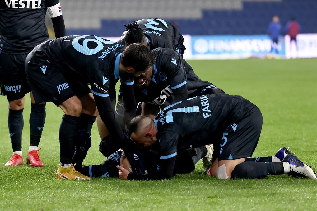 Trabzonspor zirve yarışını sürdürdü