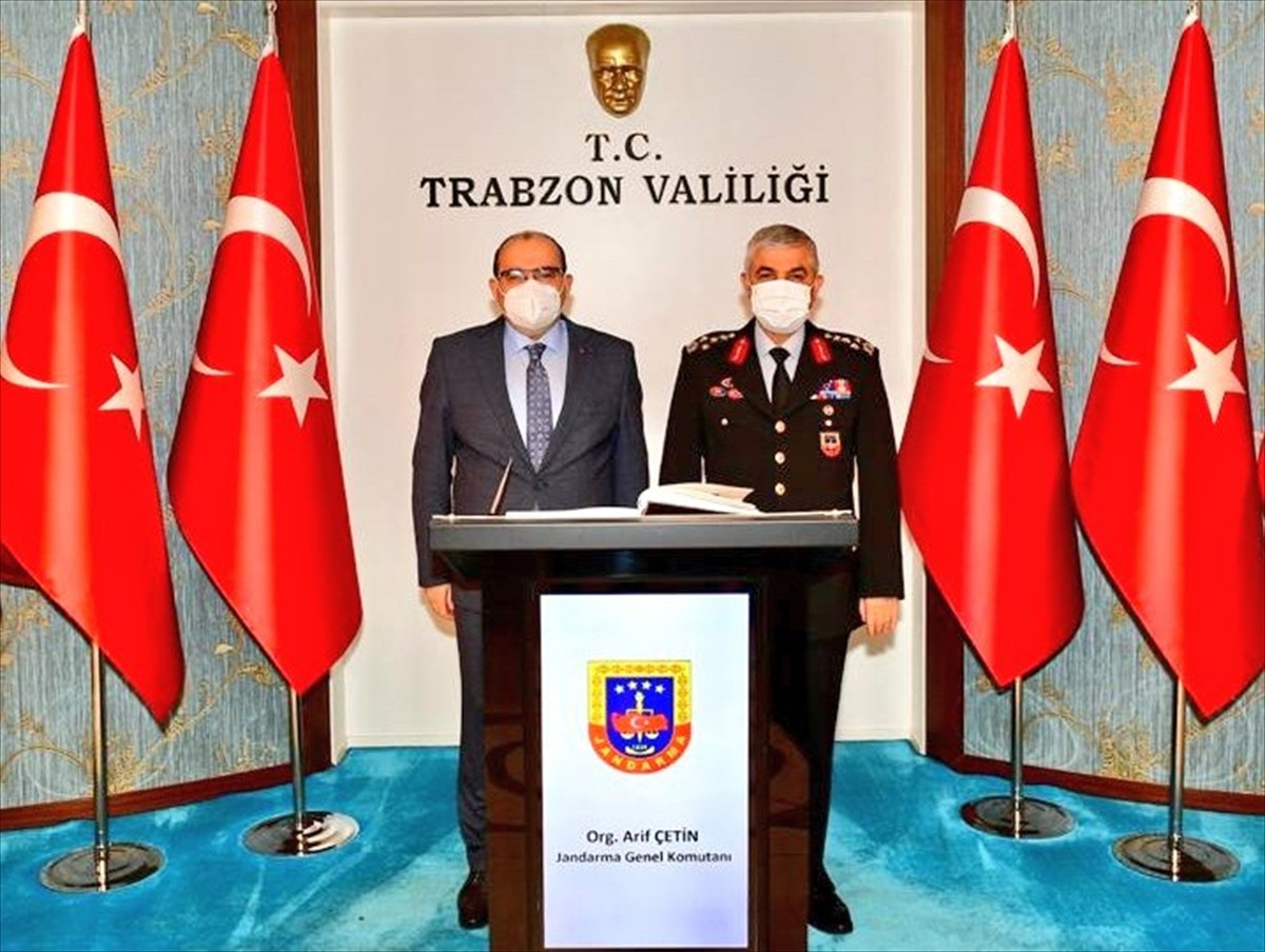 Jandarma Genel Komutanı Orgeneral Çetin, Trabzon Valisi Ustaoğlu'nu ziyaret etti