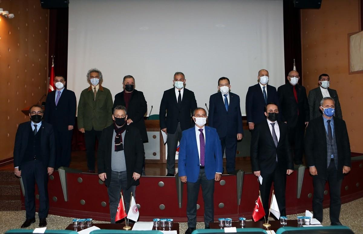 """Trabzon'da mesleki ve sivil toplum kuruluşlarından Kovid-19'a karşı """"Mavi Seferberlik"""" hareketi"""