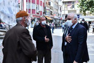 Trabzon Büyükşehir Belediye Başkanı Murat Zorluoğlu, Akçaabat'ta esnafı ziyaret etti