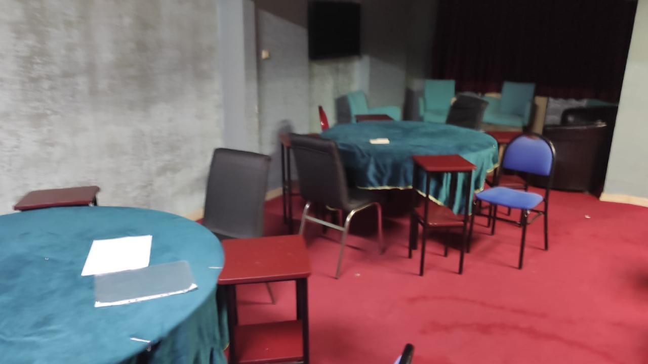 Trabzon'da apartta kumar oynayan 16 kişiye 50 bin 400 lira ceza verildi