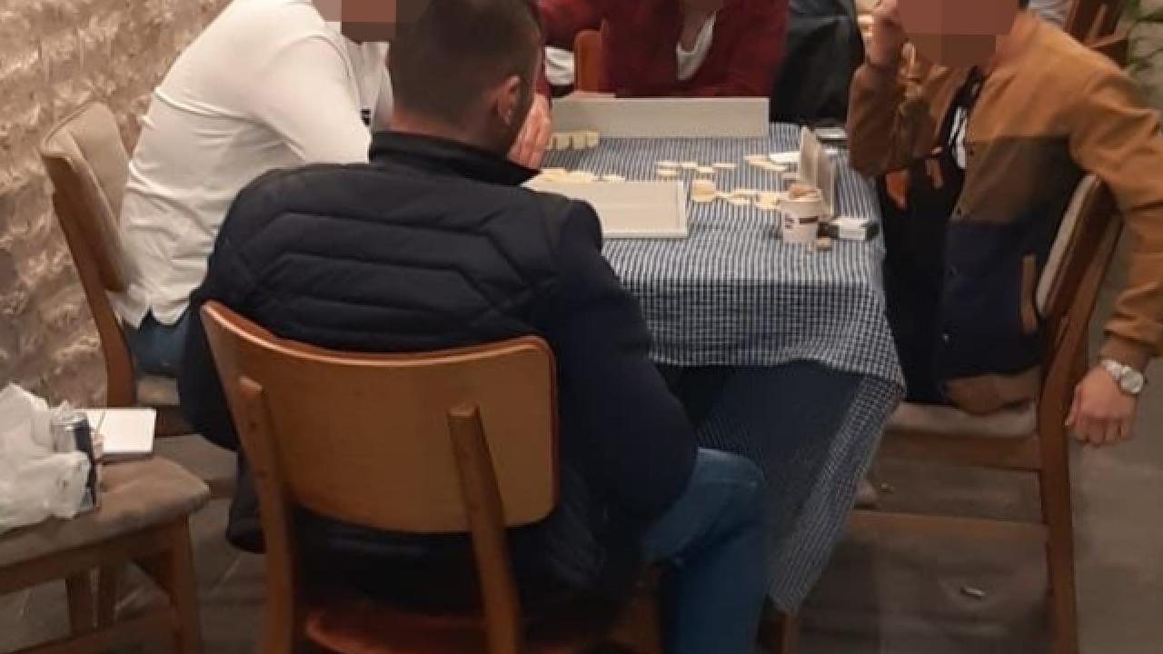 Trabzon'da fırının imalat bölümünde kumar oynayan 6 kişiye 18 bin 900 lira ceza kesildi