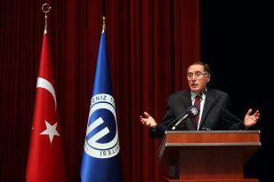 """Kamu Başdenetçisi Malkoç'tan """"15 Temmuz ve Türkiye'nin Geleceği"""" konferansı:"""