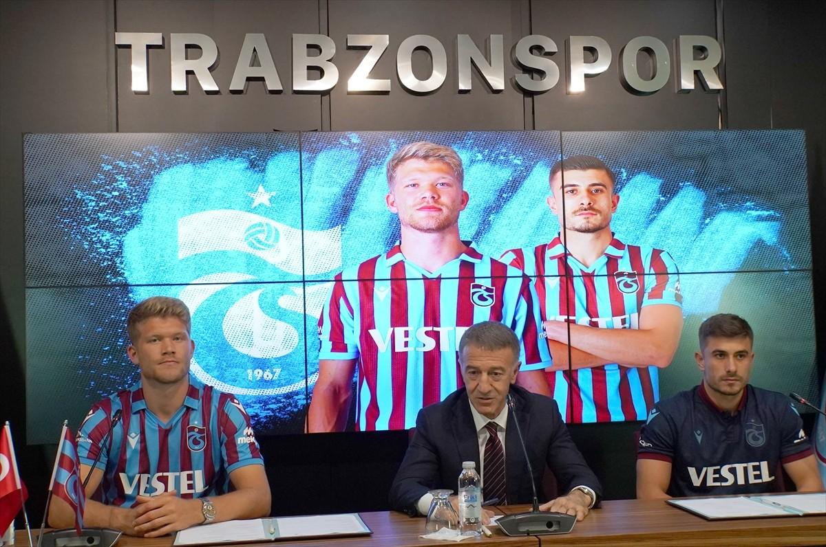 Trabzonspor, yeni transferleri Dorukhan Toköz ve Andreas Cornelius için imza töreni düzenledi