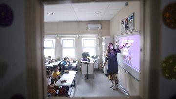 Okullarda enfeksiyon zincirine karşı 'sınıfların sürekli havalandırılması' uyarısı