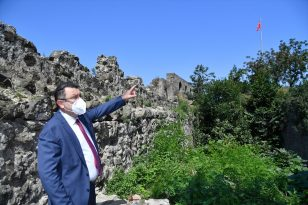 Ortahisar Belediye Başkanı Genç, İçkale'de incelemelerde bulundu