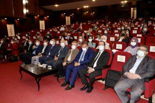 """Trabzon'da """"Yüzde 100 Yerli Üretim, Yüzde 100 Milli Düşünce"""" sempozyumu düzenlendi"""