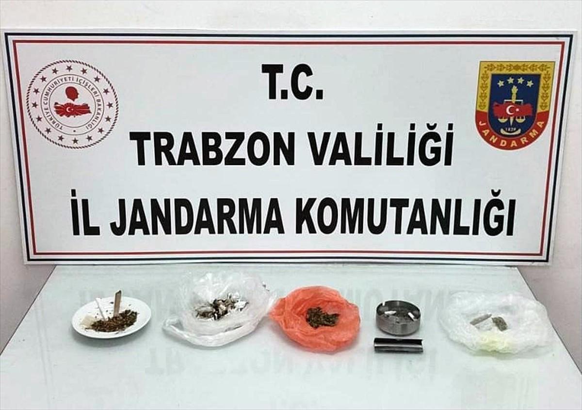 Trabzon'da apart daireleri ve otellere yönelik operasyonda 15 zanlı yakalandı