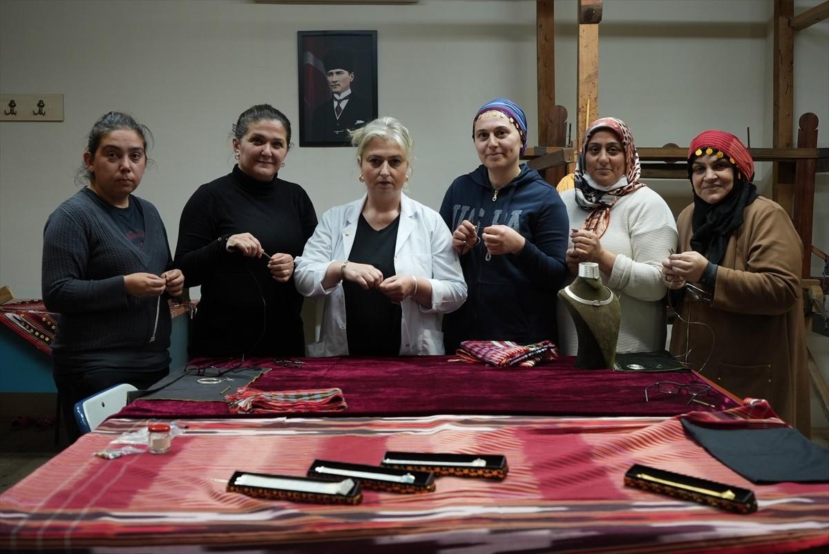 Trabzon'un kuyumculuk alanındaki geleneksel el sanatları teknolojiyle buluşturuldu