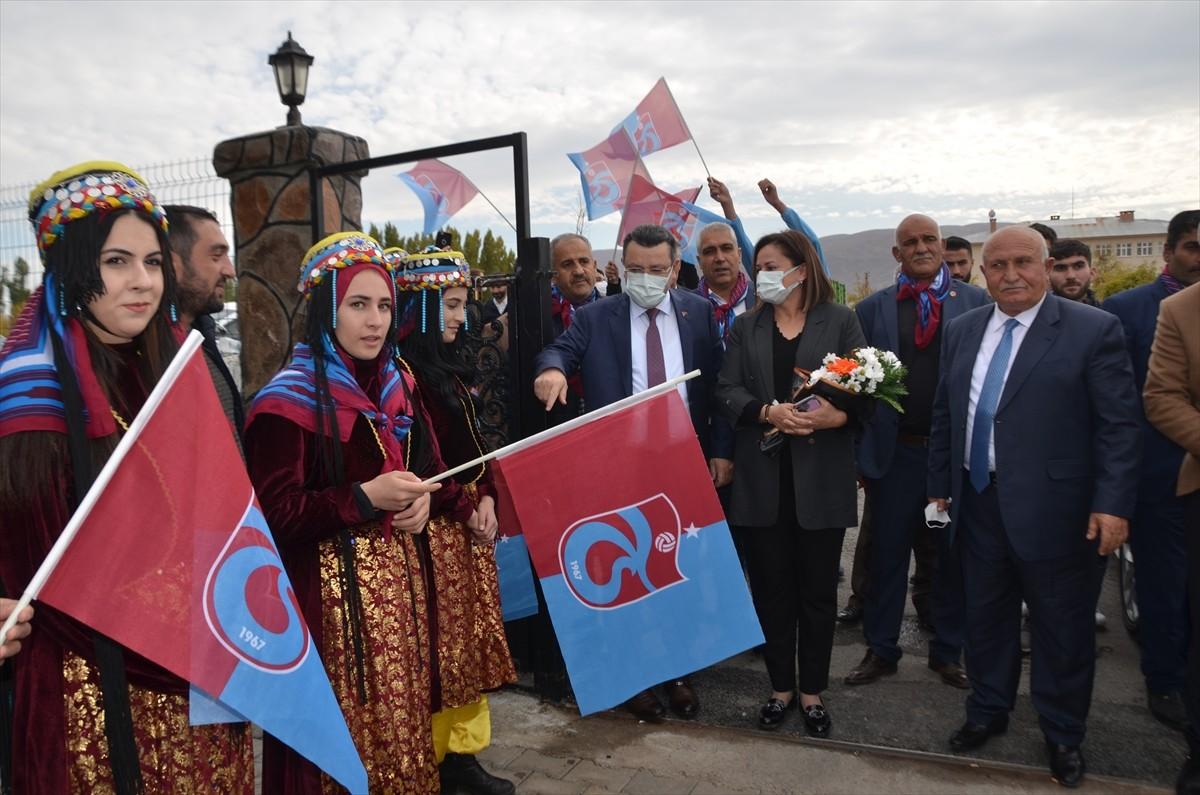 Muşlular, Trabzonlu kardeş belediye heyetini davul zurnayla karşıladı